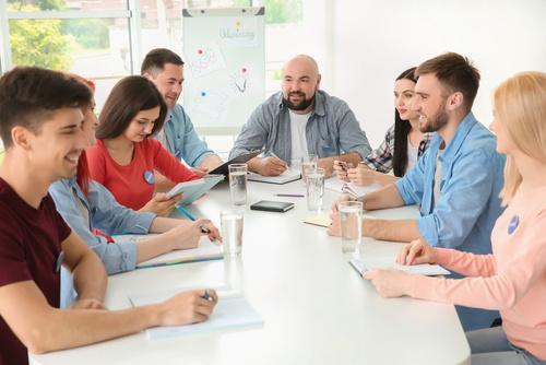 Rendez-vous de formation avec un formateur et son groupe